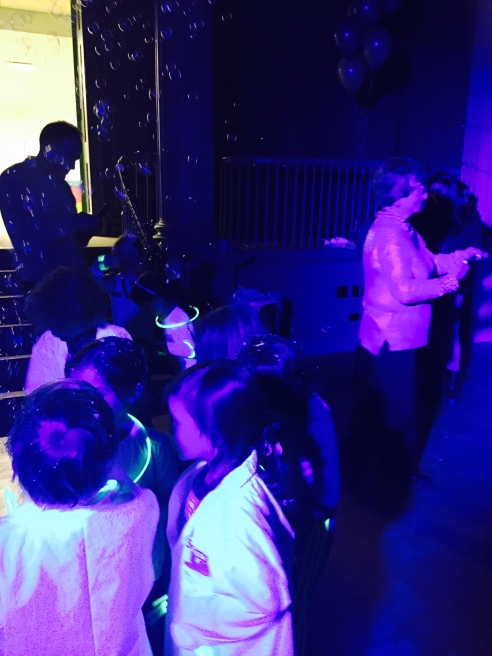party_glowinthedark2
